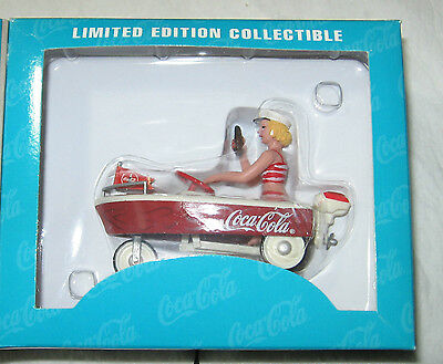 1997 COCA COLA FLOAT PEDAL BOAT- NEW IN BOX - MADE BY XONEX - 1:12th SCALE