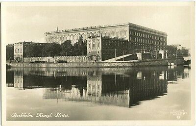 Old Rare Postcard Stockholm Kungl Slottet Sweden Unused (Ref: LD009)