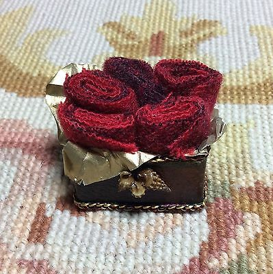 Pat Tyler Dollhouse Miniature Blanket Roll Leather Box Container Case Red p372