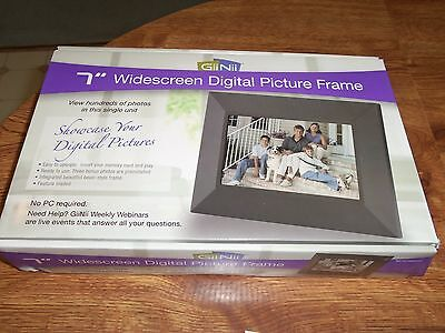 "GiiNii 7"" WIDESCREEN BLACK DIGITAL LCD  PICTURE FRAME NEW IN BOX"