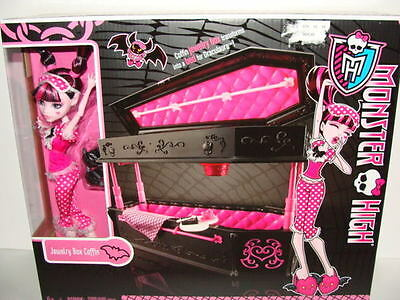 New MONSTER HIGH Jewelry Box Coffin Draculaura Doll Playset Bed Pink MATTEL NIB