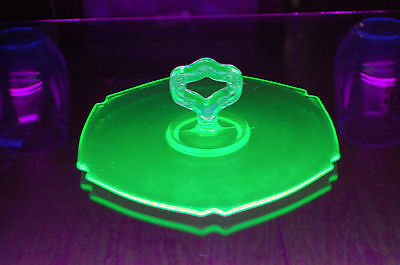 "7"" Uranium Serving Platter Vaseline Indiana Glows in UV Hexagon Art Deco"