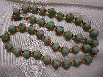 Vintage Venetian Art Glass White & Green w/h Flowers Wedding Cake Beads Necklace