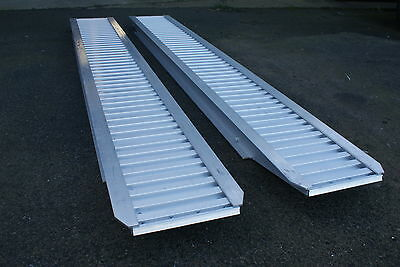 IFOR WILLIAMS Pair 8' / 2.5m Aluminium Loading Ramps / Skids