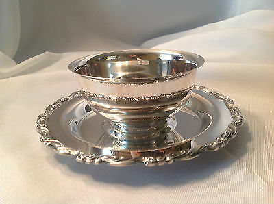 "Oneida Silverplate Gravy Sauce Bowl with Underplate Scroll Design 8"" Wide Great"
