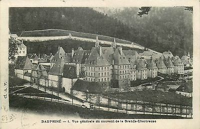 38 DAUPHINE le couvent 1382