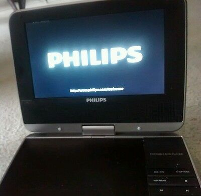 "Philips PET749/37 Swivel Portable DVD Player (7"") & Digital TV All Accesories"