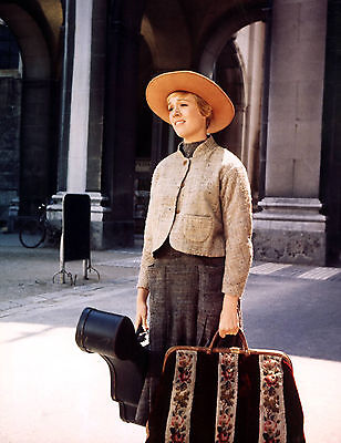 JULIE ANDREWS THE SOUND OF MUSIC 8x10 PHOTO