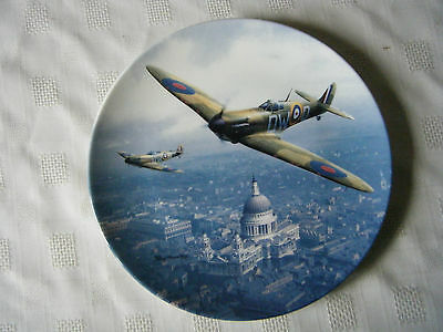 Doulton Roy Huxley Heroes Over Home Territory Spitfire Over St Pauls Plate