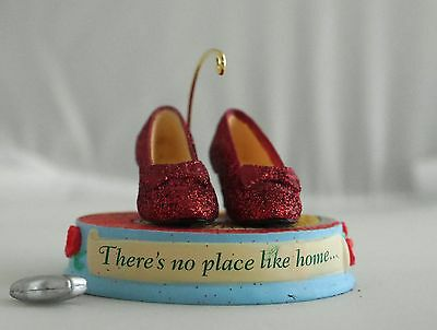 2011 Hallmark It All in the Shoes! The Wizard of Oz Special Edition