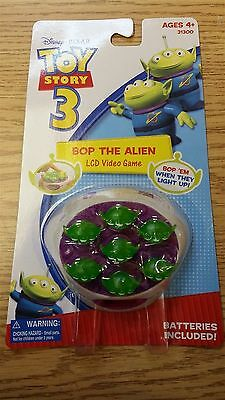 NEW  Disney/Pixar Toy Story 3 BOP THE ALIEN LCD VIDEO GAME