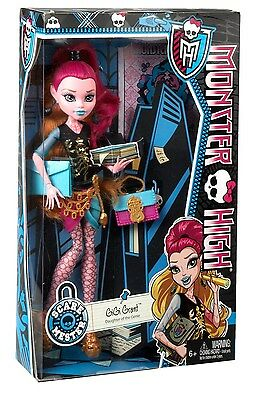 New Monster High Scaremester Gigi Grant Doll & Accessories Free Shipping