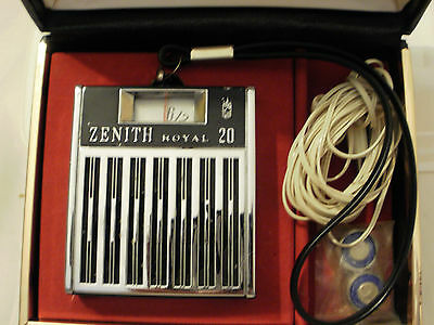 Vintage Zenith Royal 20 Transistor Radio with box headphones and batteries!