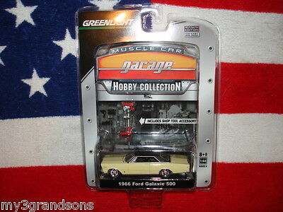 CLASSIC 1966 FORD GALAXIE 500 YELLOW / BLACK VINYL TOP MUSCLE CAR GARAGE HOBBY