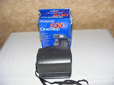 Vintage Poloroid One Step 600 Camera in Box-Clean & Works