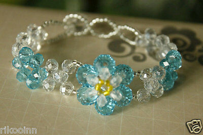 New Swarovski Crystal Sky Blue / Clear Beads Fashion Bracelet Stretch