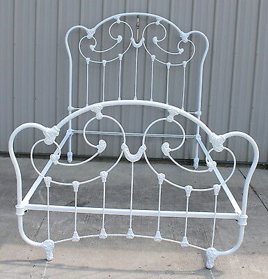 FABULOUS 1890 - 1905 FANCY CAST IRON AND BRASS FULL QUEEN KING SIZE BED