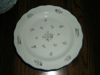 SET OF 2 PLATES BY ROYAL DOULTON  - LINCOLN PATTERN - NEVER USED