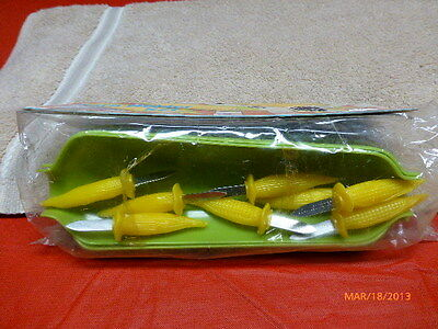 VINTAGE CORN ON THE COB SET PLASTIC 1976 NEW IN THE PACKAGE LOT OF 12 FAIR GROVE