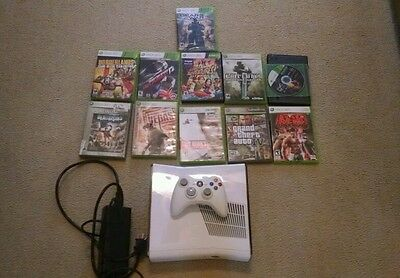 Microsoft Xbox 360 White Console 4 GB with games