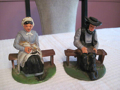 2 VINTAGE WILTON HEAVY CAST IRON DOOR STOPS BOOKENDS AMISH LADY & MAN PAINTED