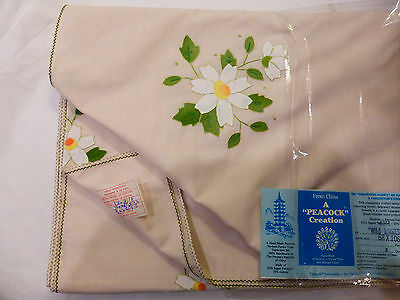 "NWT A PEACOCK CREATION TABLECLOTH  68"" X 106""-$150 APPLIQUED WILD DAISIES --$150"