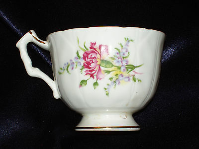AYNSLEY CUP ONLY FLUTED YELLOW PINK PURPLE FLOWERS 2598 ROBIN EGG BLUE INSIDE