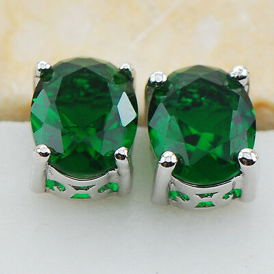 Emerald 925 Sterling Silver Gemstone Stud Earrings PE03