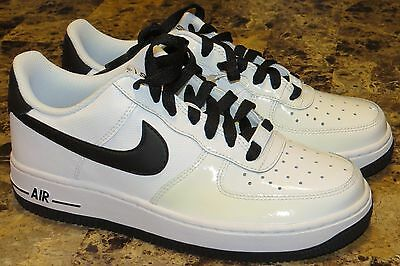 NEW 2011 YOUTH NIKE AIR FORCE 1 LOW MATRIX PATENT LEATHER WHITE/BLACK SZ 5.5