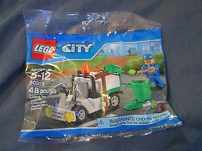 LEGO- CITY- GARBAGE TRUCK -   VERY HARD TO FIND! BRAND NEW!