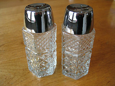 Vintage Anchor Hocking Wexford SALT & PEPPER shakers clear cut glass