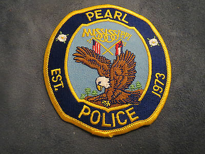 E876] Obsolete Police Patch Pearl Mississippi