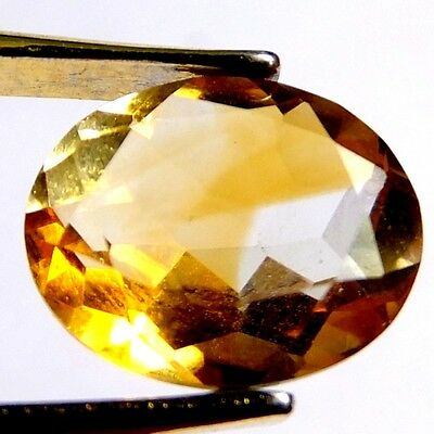 NATURAL GOLDEN-YELLOW CITRINE LOOSE GEMSTONE (11.1 x 9 mm) OVAL-FACETED