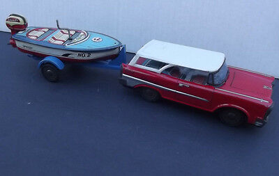 59 Chrysler Station Wagon Speed Boat Trailer Ichimura Friction Wind Up Toy Japan