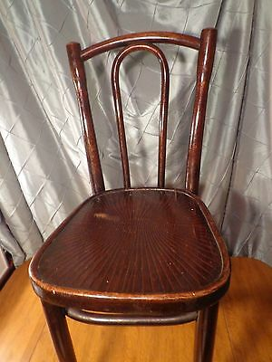 Antique1900- 1920 Bentwood Thonet Chair With Incised Design on seat