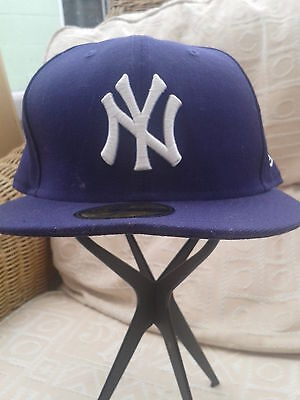 New York Yankees  new era  59fifty cap   size 71/2   adult