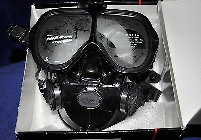 """SCUBAPRO FULL FACE MASK COMES WITH SCUBAPRO""""s Full Manufacturer WARRANTY"""
