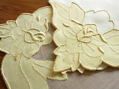 YELLOW ROSES Vtg Madeira 25 pc Set Placemats Napkin Runner EMBROIDERY Linen FINE