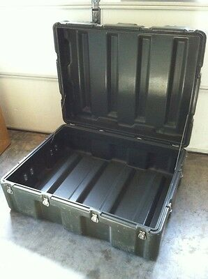 "HARDIGG 39x30x17"" Shipping Container Hard Case Waterproof Military Grade Army"
