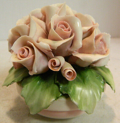 "Vintage Savastano Capodimonte Pink Roses in Basket 3.25"" x 3.5"" Very Good - Exce"