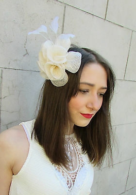 Cream Ivory Fascinator Headpiece Feather Hair Comb Races Wedding Deco Ascot Y80