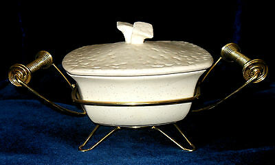 Miramar Covered Casserole 414 Calif With Holder  Speckeled Ivory