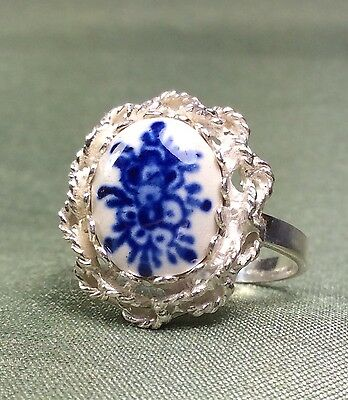 Vintage Antique 835 Fine Sterling Silver Ring with Painted Porcelein Stone
