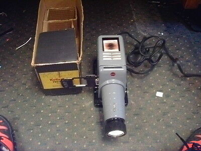 **VINTAGE 1939 Kodak Kodaslide Projector Model 2A w/original box** 28d