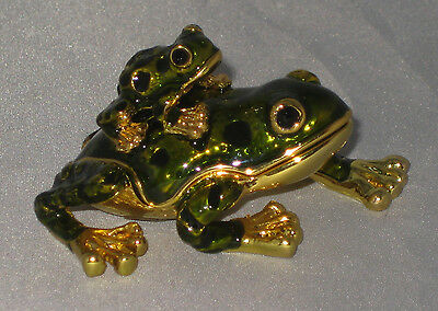 FROGS Trinket Box Dark Green Holds Jewelry Magnetic Closure Detailed New