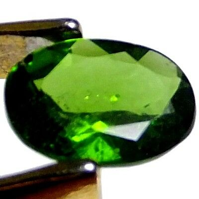 NATURAL GREEN CHROME DIOPSIDE LOOSE GEMSTONE (6.9 x 4.9 mm) OVAL CUT