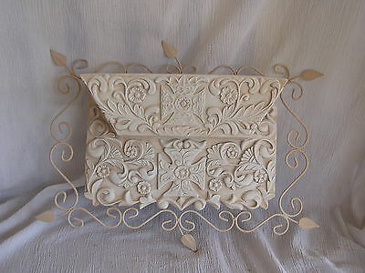 NEW Shabby Chic Planter Basket Wall Hanger Hanging Ornate Leaf Wire Cream CUTE!