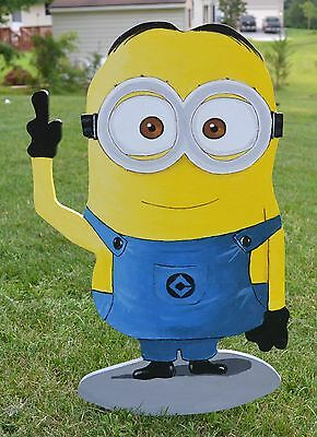 lawn art plaque Dave Minion giveing the finger yard decoration lawn stake