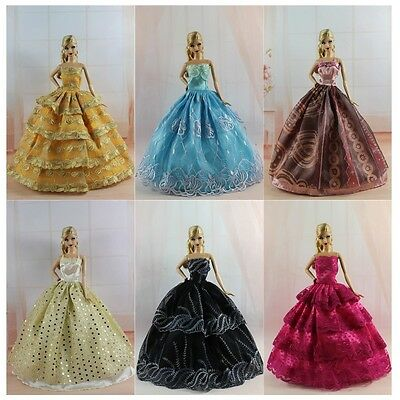 Lot 16 items = 6 PCS Dress/Wedding Clothes/Gown+10 Shoes For Barbie Doll S288