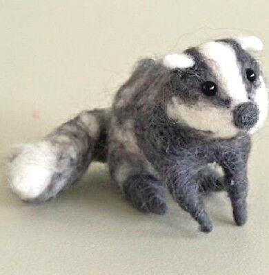 New Pin Felt Needle Felted Badger Brock Collectible Miniature Wild Life Animal